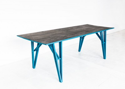 'U1 Görlitzer Bahnhof' table by Studio Andree Weissert - top view