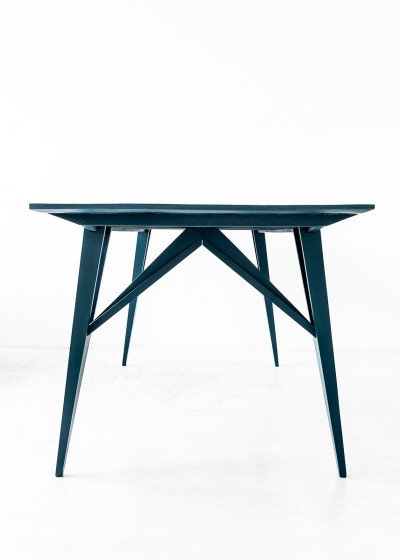 'U1 Schlesisches Tor' - table by Studio Andree Weissert - front view