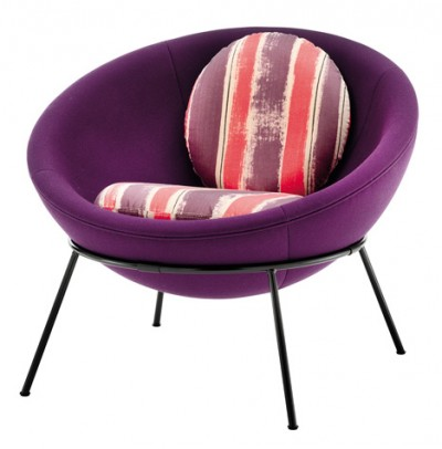 Bardi's Bowl Chair by Arper (purple)